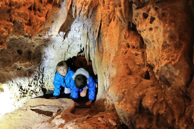 Visites de grottes et gouffres
