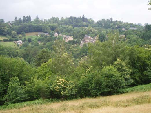 Marc la Tour, village sculpté